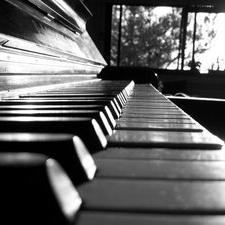 Piano that will empty your mind..