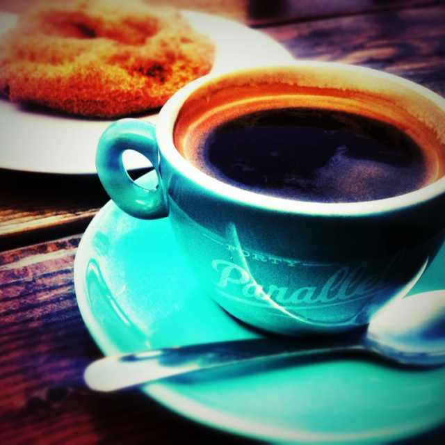 Romance @ 49th Parallel coffee shop