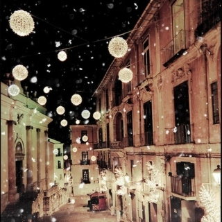wonderful Christmas time, short mix of indie songs about Christmas
