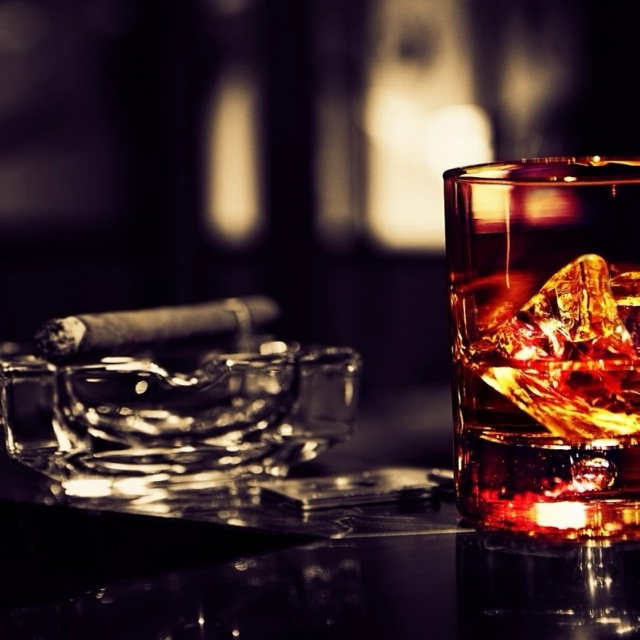 Whiskey, cigars and blues