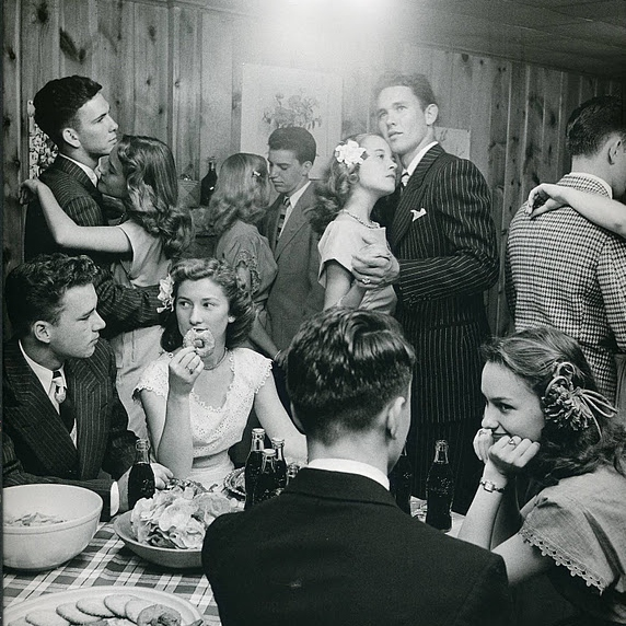 A 40s Christmas Party