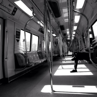 empty train (of thoughts)