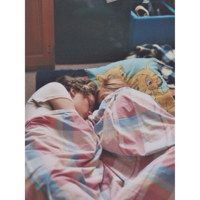Cuddling with harry styles†