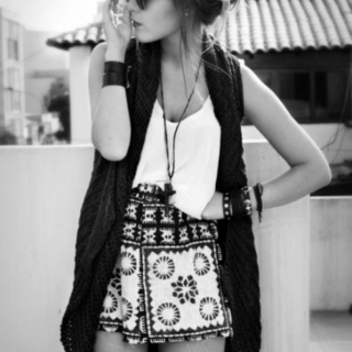 Try To Be Hipster ∞