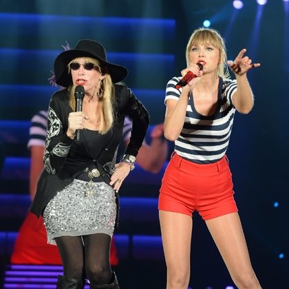 Red Tour Surprise Guests