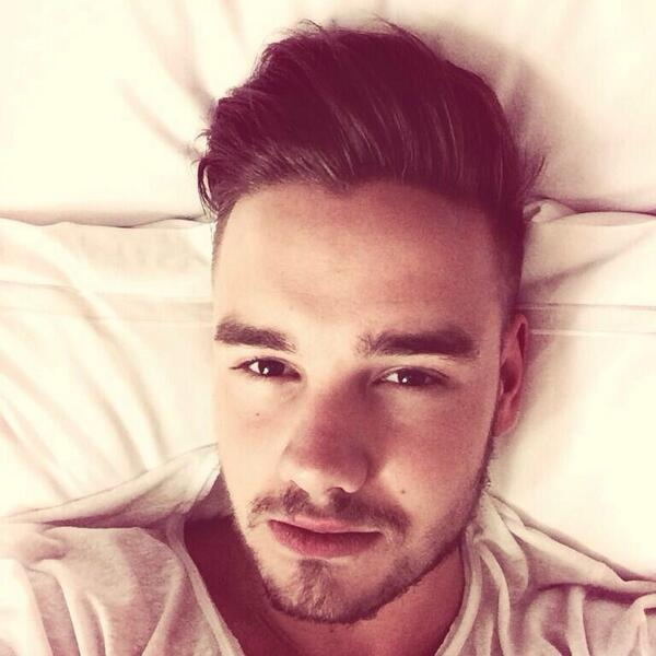 i love waking up next to you - liam