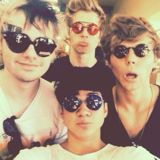 Favourite 5SOS Songs & Covers