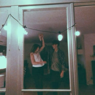 Dancing around in the refrigerator light ♡