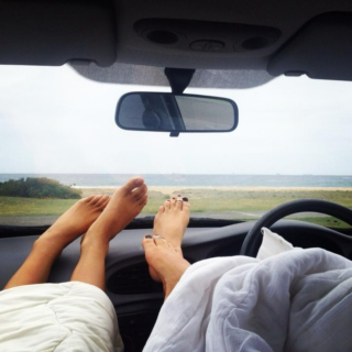 Toes on the Dash