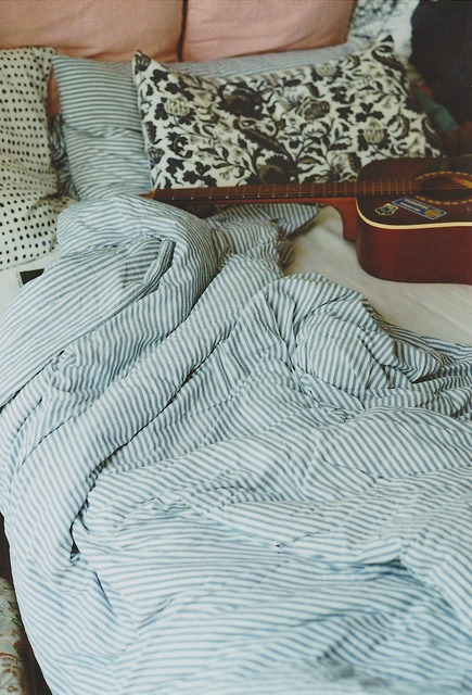 strings and comfy sheets - Comphy Sheets