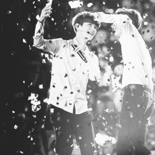 illuminate me ; hunhan