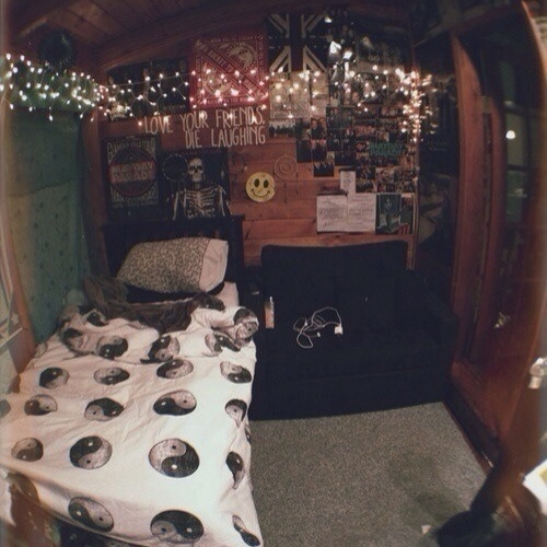 8tracks radio punk rock 13 songs free and music for 5sos room decor ideas