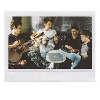 acoustic vamps