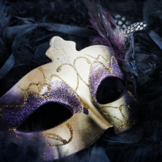 masquerade murder mystery party