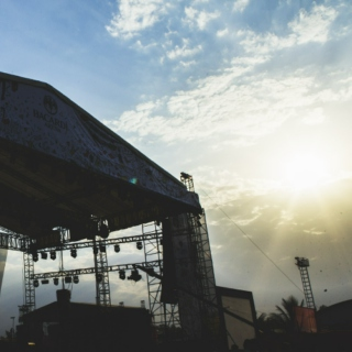 Bacardi NH7 Weekender 2014, Morning Tunes