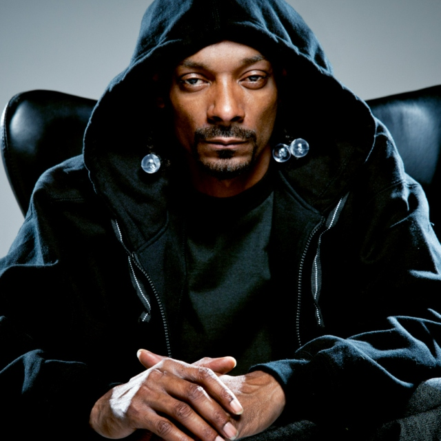 Snoop dogg ft. Dr. Dre smoke weed everyday. Youtube.