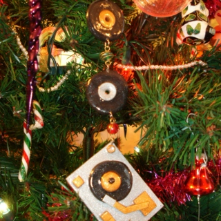 Recycled Record Collection #6: Just Like Christmas