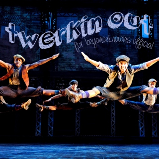 Twerkin' Out - Broadway