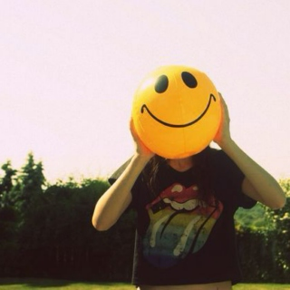 Playlist #13: Songs that make me smile