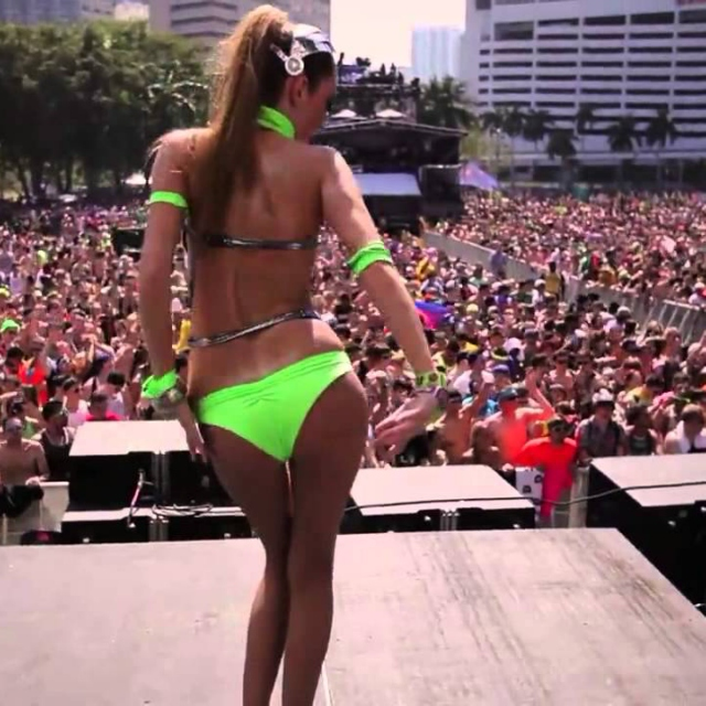 Lets rave and love!
