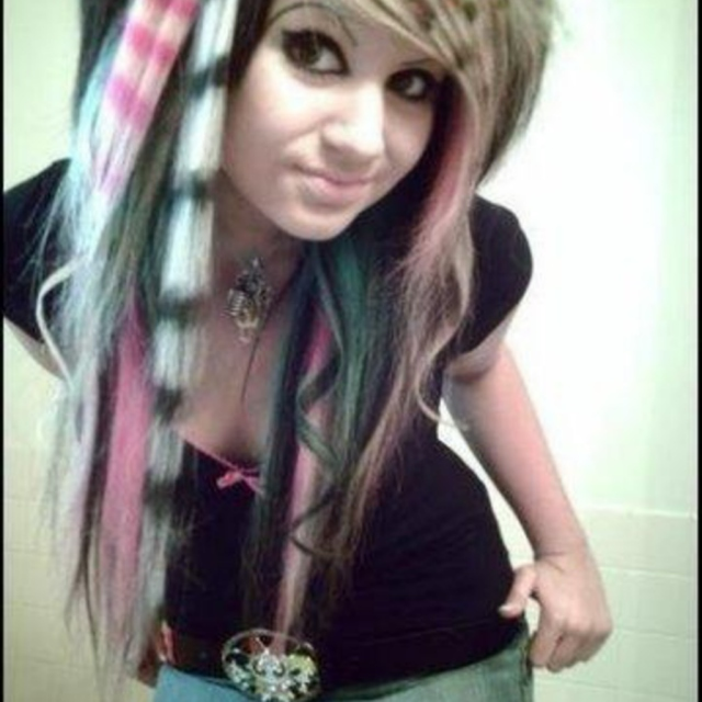 """Early 2000s """"scene"""" phase"""