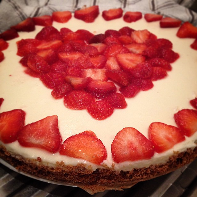 Love should be like cheesecake