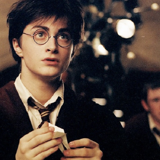 I fall in love with a guy who look like HARRY POTTER