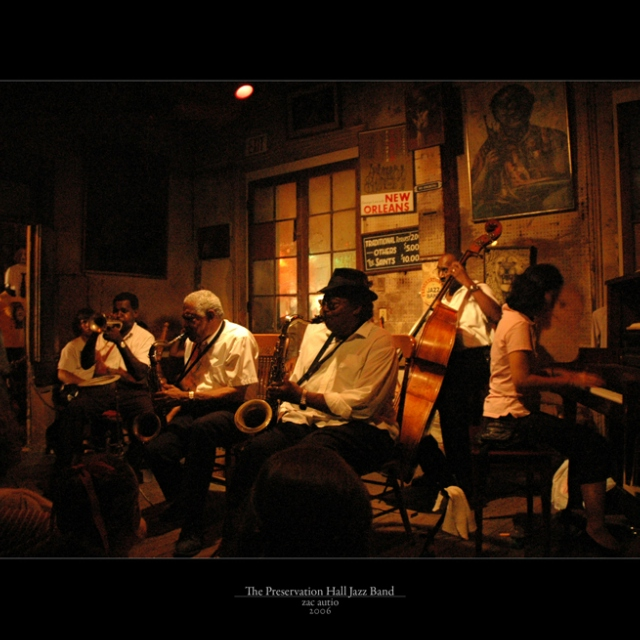 Have a drink and enjoy nu jazz music