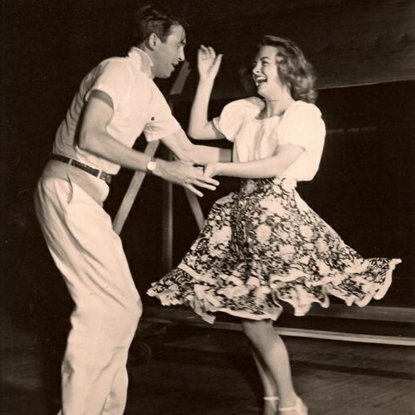 let's dance some swing baby!
