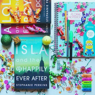 Book Playlist #19 | Isla and the Happily Ever After