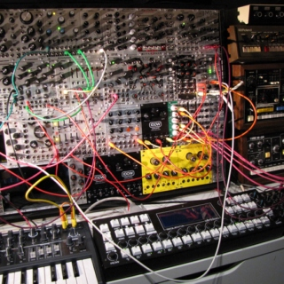 "Btrxz: This is Modern Modular Synth Musiq: An Interpetation Of ""I Dream Of Wires"""