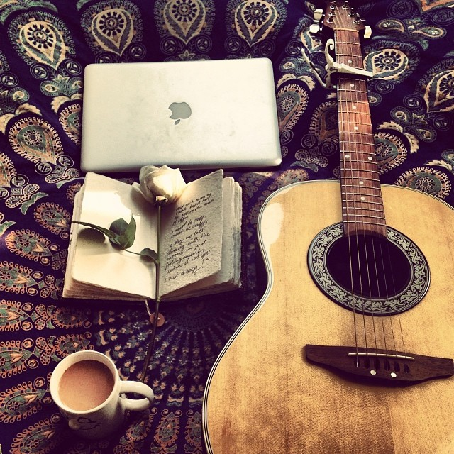 Acoustic Mornings