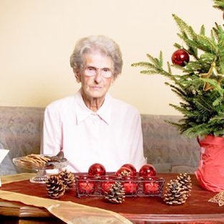 Yule With Aunt Shirley