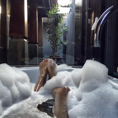 bathbombs and bubbles
