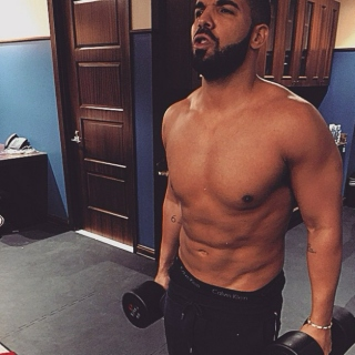 what drake listens to when he skips leg day.