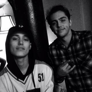 hit me on twitter @skatemaloley