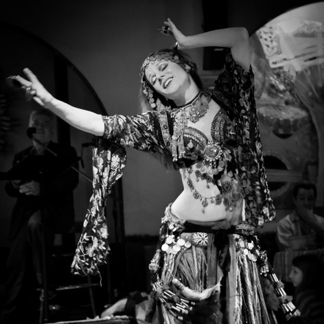 I love to belly dance!
