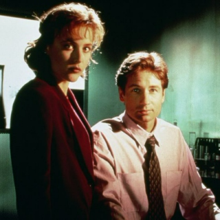 X-Files Playlist #9999999 Containing Spaceman by The Killers
