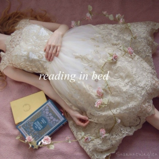 ☆ READING IN BED ☆