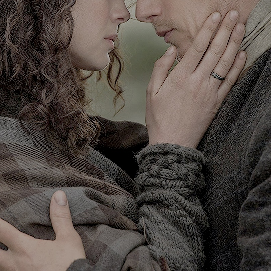Forever Yours | A Claire/Jamie fanmix