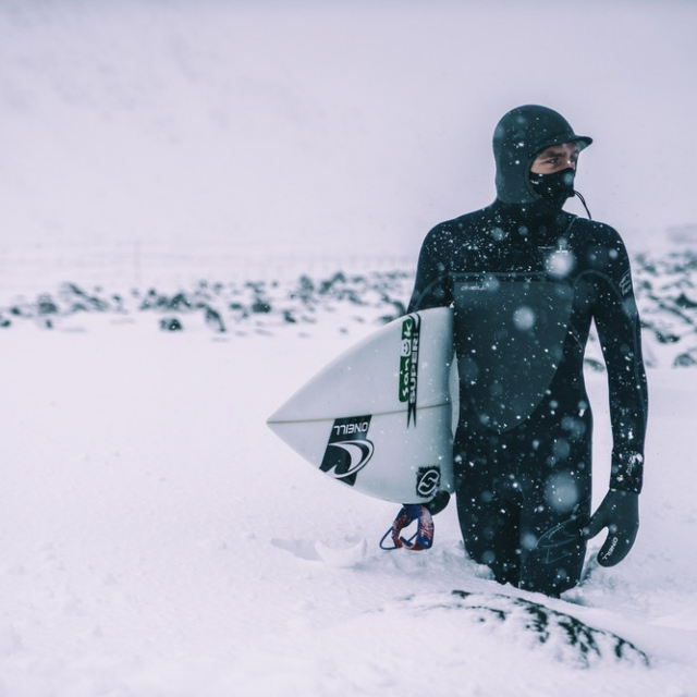 Snowboarding and surfing rock