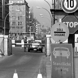 *Checkpoint Charlie
