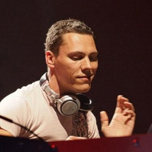 When Buzzfeed Says Tiësto Is Your DJ BFF 4