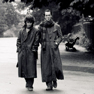 """""""We've gone on holiday by mistake!"""" 